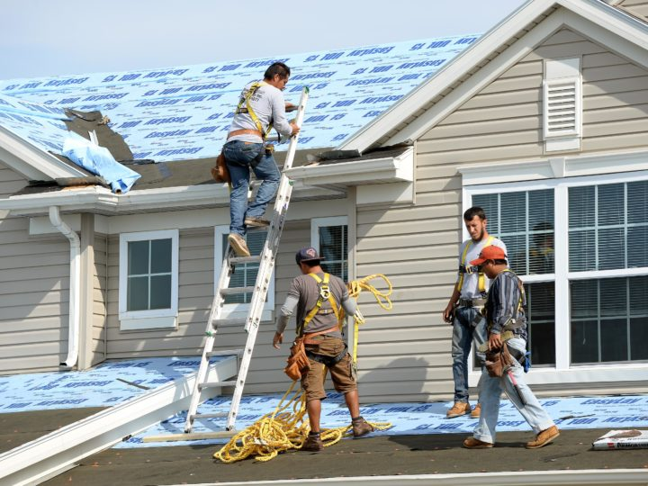 What is a Bonded, Insured, and Licensed Contractor?