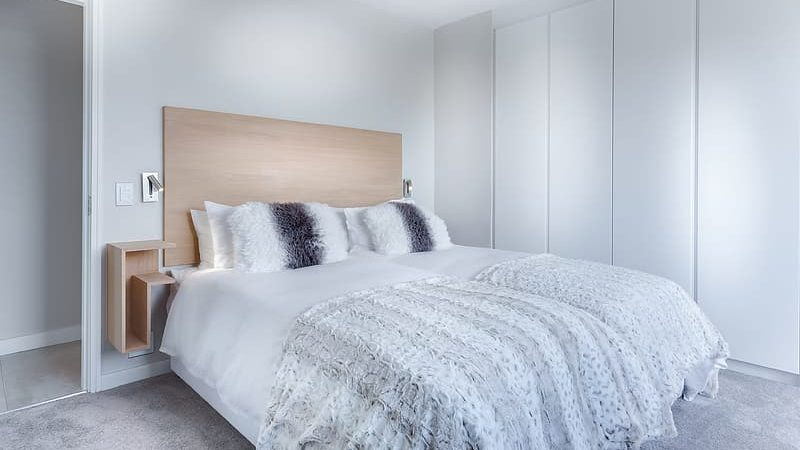 How to Clean A Mattress Explained in Simple Steps