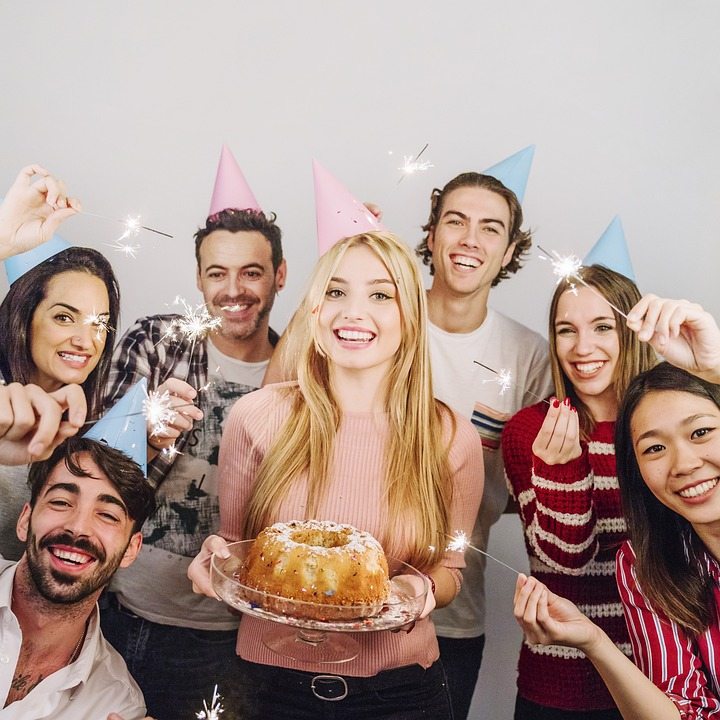 16 Amazing Adult Birthday Party Ideas