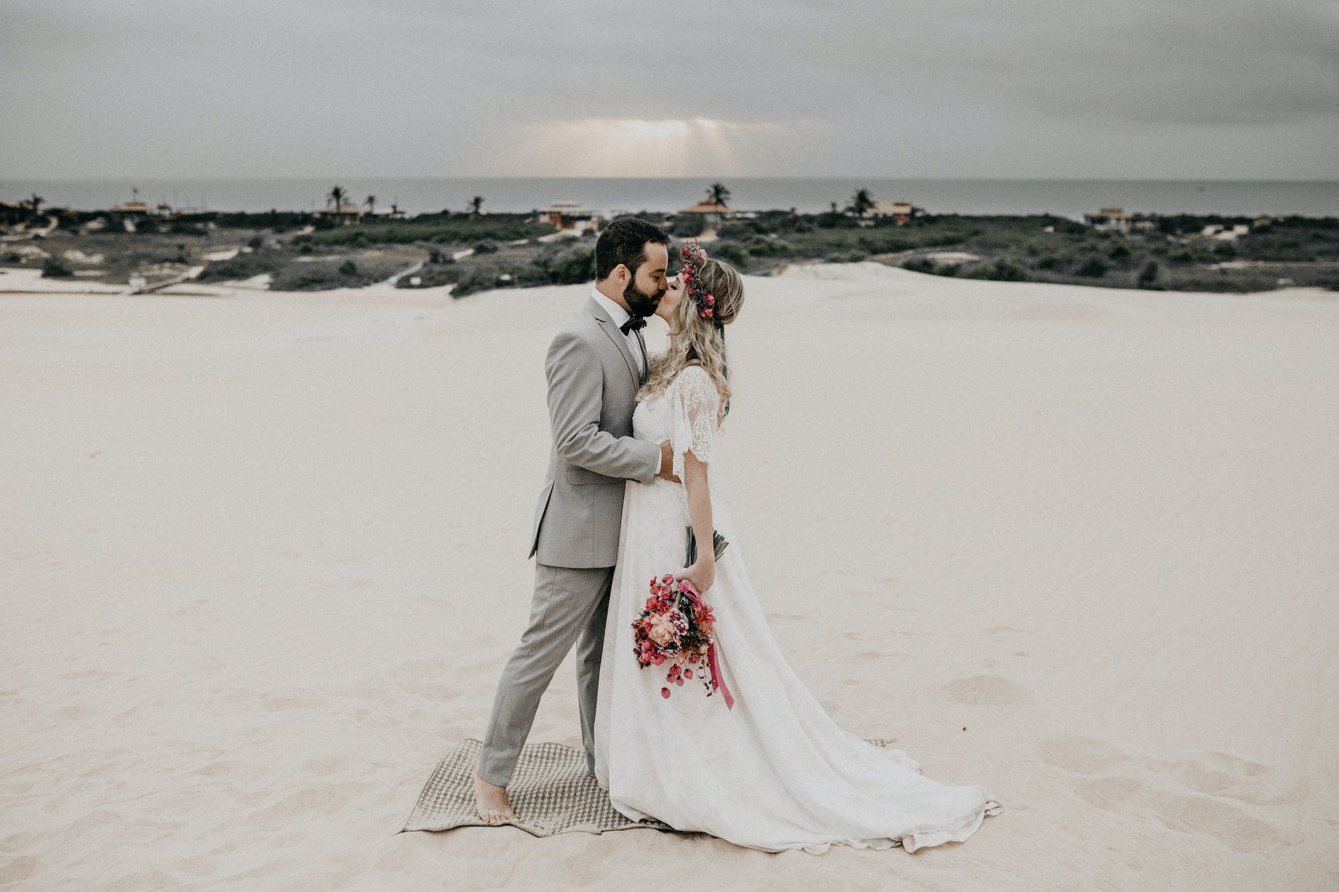 Unique Modern Day Ideas For Wedding Ceremony
