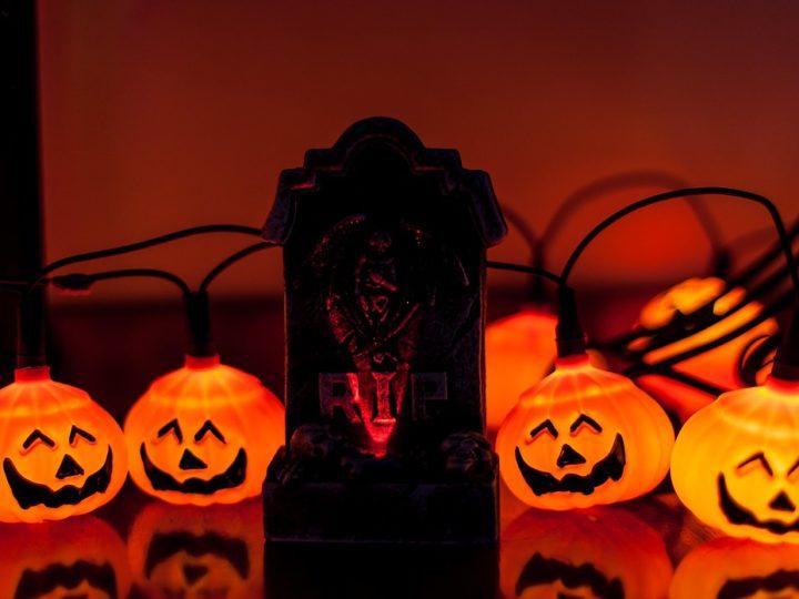 Spirit Halloween: Your Halloween Resolution