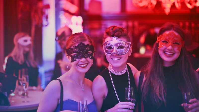 Amazing Girls Night Out Ideas For a Perfect Girls' Night Out