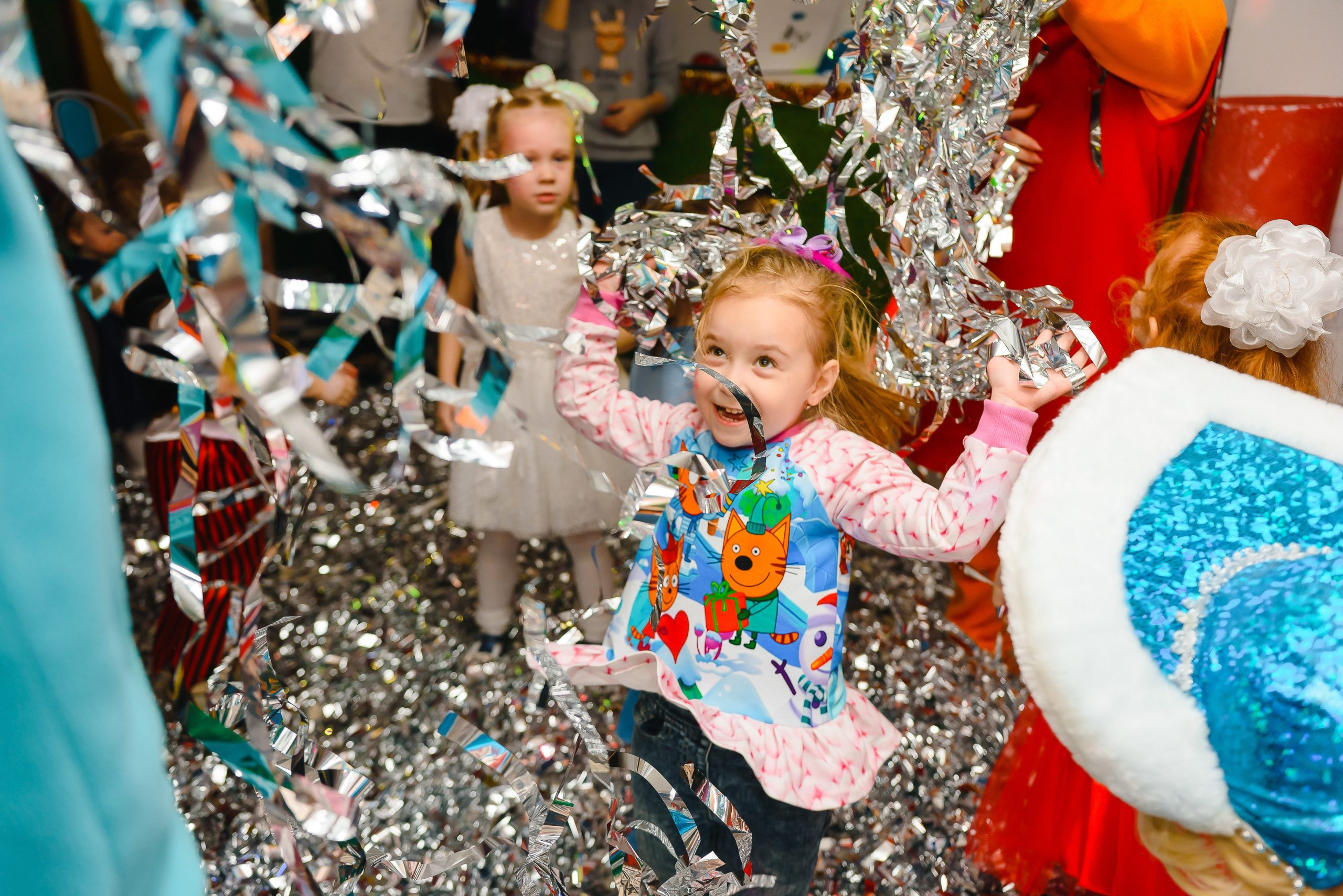 Kids Dance Party Ideas to Throw a Rocking Party for Your Little One